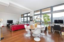 Flat for sale in Pentonville Road...