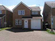 3 bed house in Fenwick Way, Consett, DH8