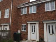 2 bedroom house in Berry Edge Road, Consett...
