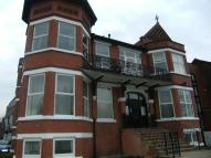 2 bedroom Flat to rent in Dickenson Road...