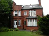 Flat to rent in Stockport Road, Gee Cross