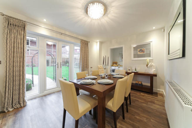 Earlswood_dining