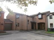 Flat to rent in Wansbeck Close...