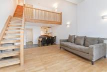 2 bed Flat in City Road, Finsbury, EC1V