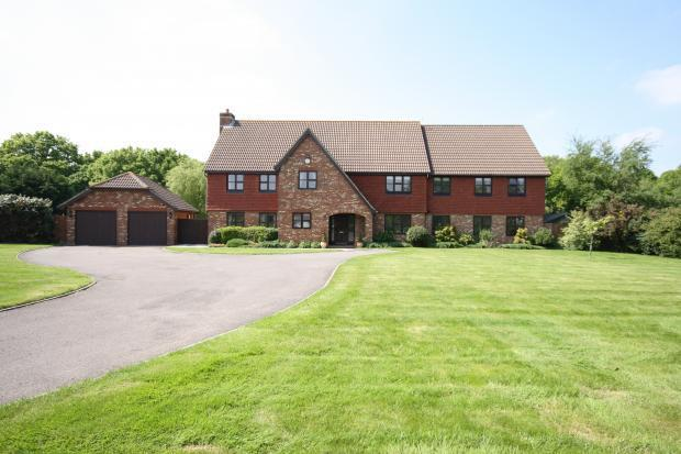 6 bedroom house for sale in skylark meadows whiteley po15 for Six bedroom house for sale