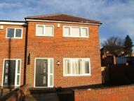 3 bedroom semi detached house to rent in Birch Grove, Kippax...