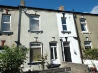 2 bedroom house in Salem Place, Garforth...