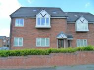 Flat to rent in Green Lane, Hadfield...