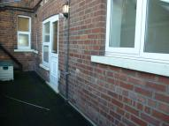 Flat to rent in Station Hotel Boothferry...