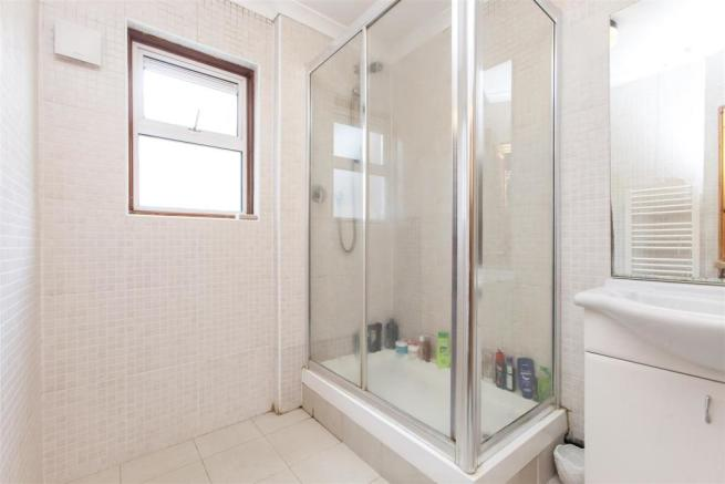 Glengall Road shower