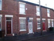2 bed property in Hapton Place, Stockport...