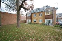 Flat in Hercies Road, Hillingdon...