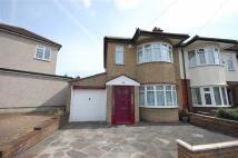 2 bed End of Terrace house to rent in Ruislip