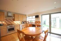 4 bedroom Detached house to rent in Hatch End, Pinner...