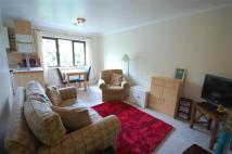Flat to rent in Rosecroft Court...