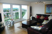 Apartment in Penstone Court...