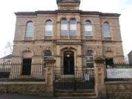 Studio apartment in Cross Lane, Huddersfield...