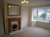 2 bedroom Semi-Detached Bungalow in Knightsway, Garforth...