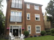 Ground Flat to rent in Oaklands Road, Bromley