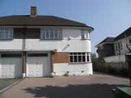 4 bedroom semi detached house in Court Road, Mottingham