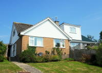 3 bed Semi-Detached Bungalow for sale in Homer Lane, Seaton