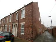 Flat to rent in Laet Street...