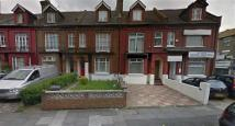 Flat to rent in Willoughby Road, Hornsey...