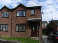 3 bedroom semi detached house in Park Court, Ossett, WF5