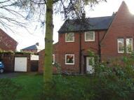 3 bedroom semi detached property in Kings Mount, Knottingley...