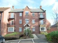 Flat to rent in Fenby Gardens...