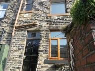 property to rent in Royd Street, Todmorden, OL14