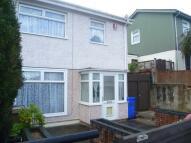 3 bed semi detached home to rent in Bentley Road...