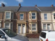 2 bedroom Flat in Welbeck Road...