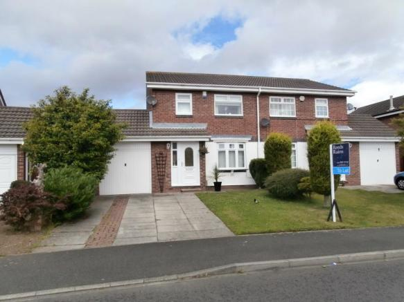 3 Bedroom Semi Detached House To Rent In Home Park Wallsend NE28