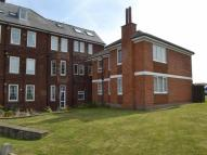 3 bed Flat to rent in Royal Crescent, Whitby...