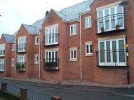 Flat to rent in Heatley Court Deermoss...