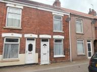 2 bedroom house in Florence Avenue, Hessle...