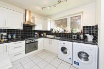 2 bed Flat in 43 Putney Hill Putney