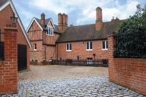 8 bedroom Detached property in 2 Bickley Road BR1
