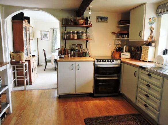 Kitchen linkin...