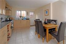5 bedroom Detached house in Deans Court...
