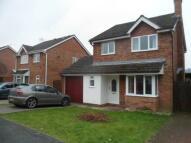 3 bedroom Detached house in Chestnut Grove, Caerleon...