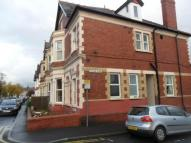 Studio flat in Cardiff Road, Newport,