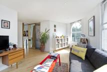Flat to rent in King Henry's Walk...