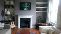 Flat to rent in Poole Road...