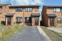 2 bed semi detached house to rent in Farm Road, , Buckley