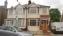 3 bed home to rent in Mildmay Rd