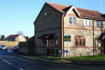 2 bedroom semi detached house in Station Close, Kilburn...