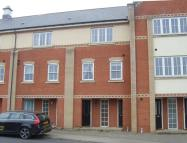 Town House to rent in Massingham Drive...