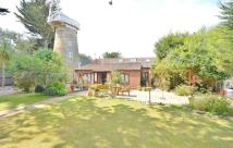 2 bed Barn Conversion in Mill Lane, East Runton...